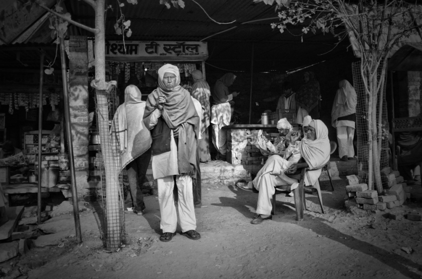 Morning at the tea stall